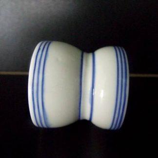 Décor au filet bleu
